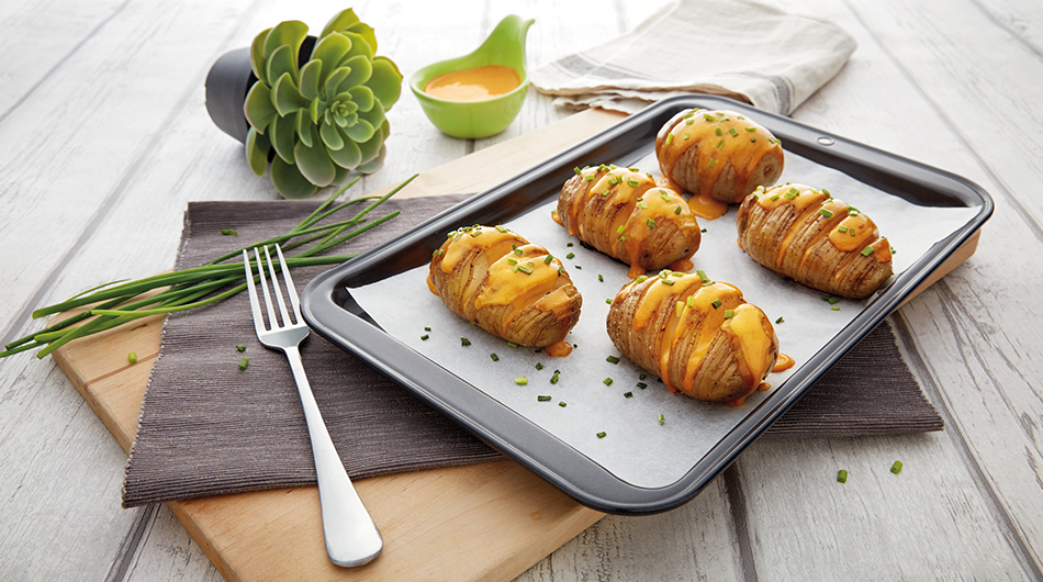Hasselback Potatoes with Spicy Cheese Sauce